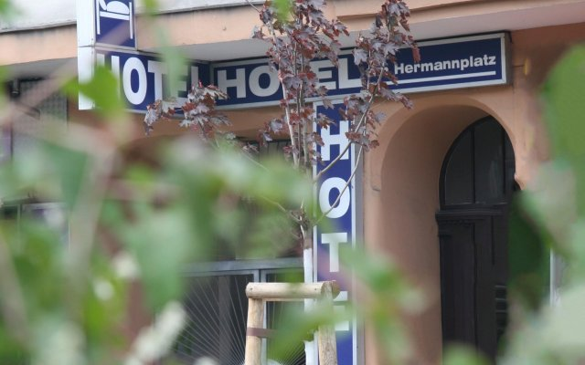 Hotel am Hermannplatz вид на фасад