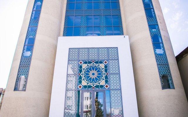 Отель Shah Palace Кыргызстан, Бишкек - 1 отзыв об отеле, цены и фото номеров - забронировать отель Shah Palace онлайн вид на фасад
