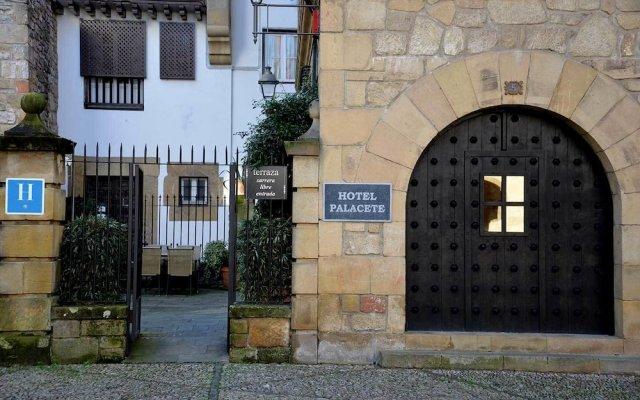 Отель Palacete Испания, Фуэнтеррабиа - отзывы, цены и фото номеров - забронировать отель Palacete онлайн вид на фасад