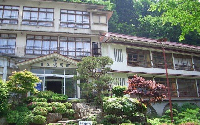 Отель Kishirou Синдзё вид на фасад
