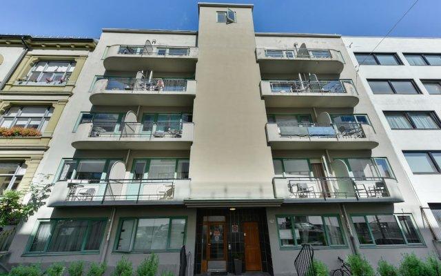 Апартаменты Forenom Serviced Apartments Oslo Rosenborg вид на фасад