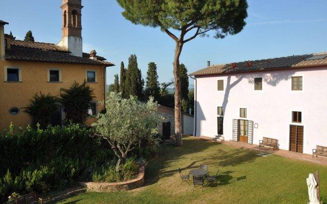 Отель Borgo San Giusto Эмполи вид на фасад