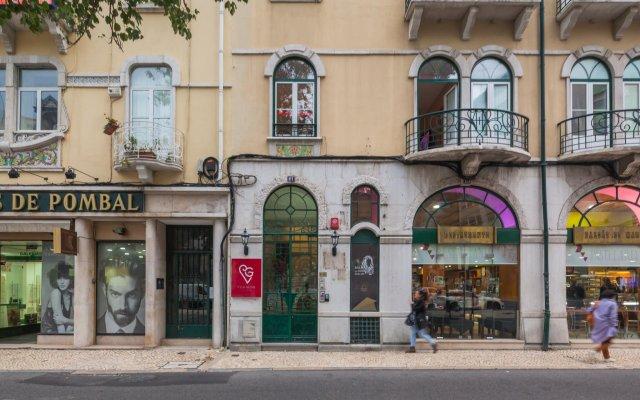 Отель Residencial Vila Nova Лиссабон вид на фасад