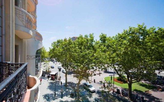 Отель Casa Gracia Barcelona Suites Испания, Барселона - 1 отзыв об отеле, цены и фото номеров - забронировать отель Casa Gracia Barcelona Suites онлайн бассейн