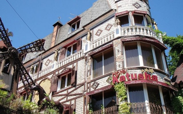 Отель Катюша Сочи вид на фасад