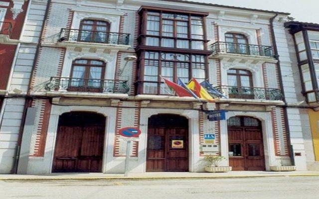 Hotel Cantábrico de Llanes вид на фасад