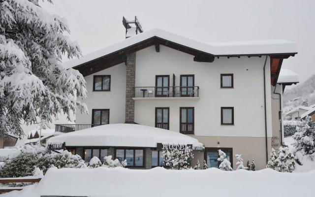 Отель Le Charaban Италия, Аоста - отзывы, цены и фото номеров - забронировать отель Le Charaban онлайн вид на фасад