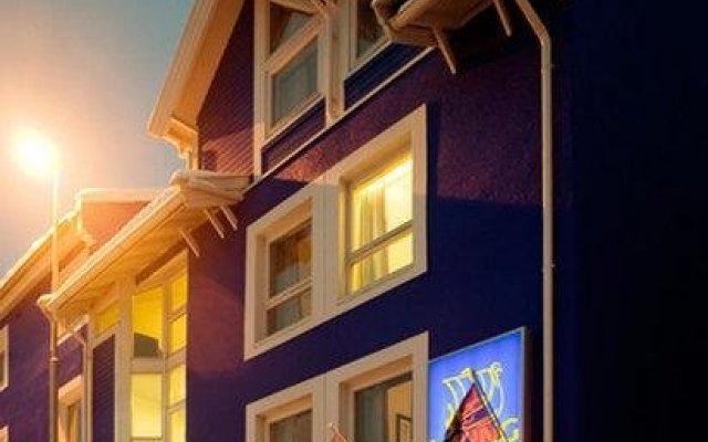 Enter Viking Hotel