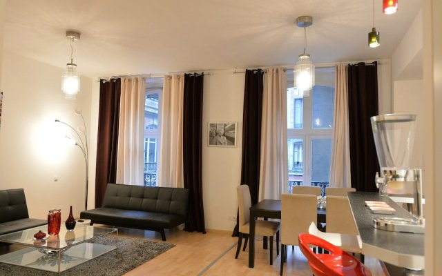 Отель Loft Capitole Франция, Тулуза - отзывы, цены и фото номеров - забронировать отель Loft Capitole онлайн комната для гостей