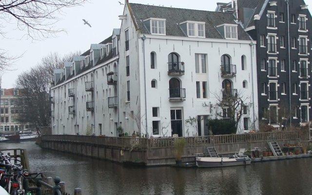 Апартаменты Cityden Old Centre Serviced Apartments вид на фасад