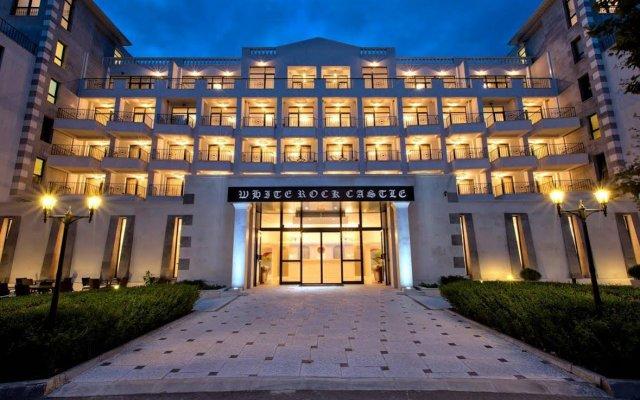 Отель White Rock Castle Suite Болгария, Балчик - отзывы, цены и фото номеров - забронировать отель White Rock Castle Suite онлайн вид на фасад