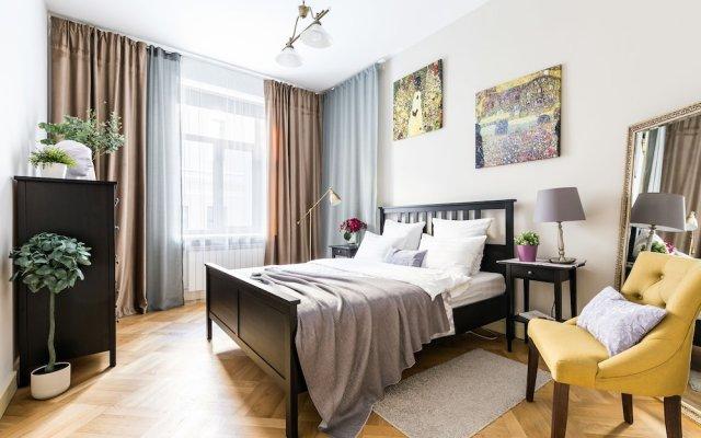 Апартаменты Apartment near Hermitage Санкт-Петербург комната для гостей