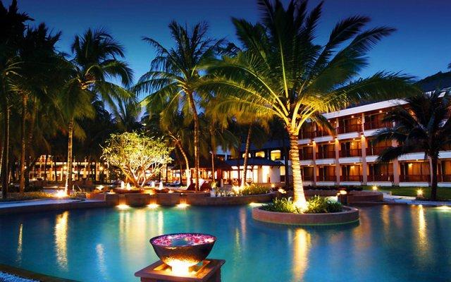 Отель Katathani Phuket Beach Resort вид на фасад