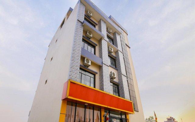 Отель Aakash International Непал, Лумбини - отзывы, цены и фото номеров - забронировать отель Aakash International онлайн вид на фасад