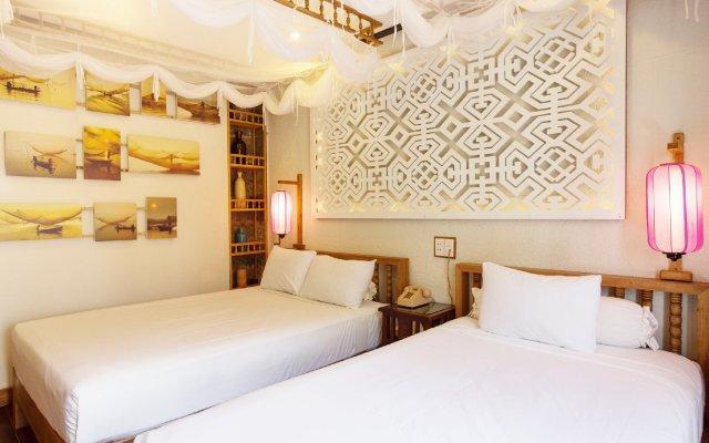 Vinh Hung Library Hotel Хойан комната для гостей