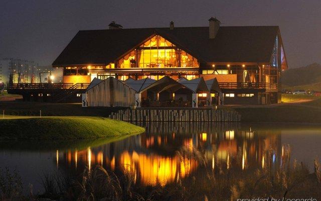 Гостиница Superior Golf and SPA Resort вид на фасад