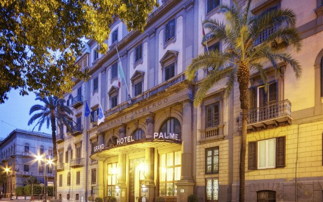 Grand Hotel Et Des Palmes вид на фасад