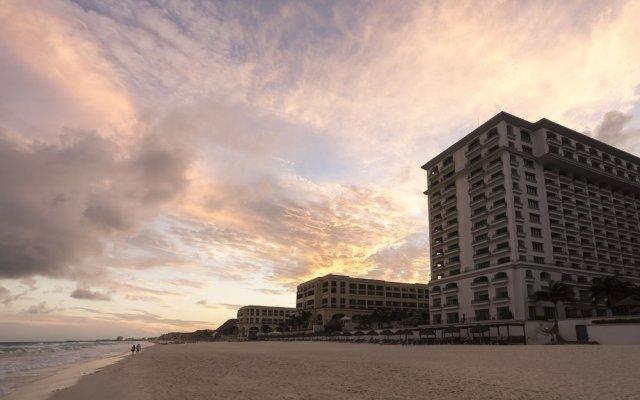 Отель JW Marriott Cancun Resort & Spa Мексика, Канкун - 8 отзывов об отеле, цены и фото номеров - забронировать отель JW Marriott Cancun Resort & Spa онлайн вид на фасад