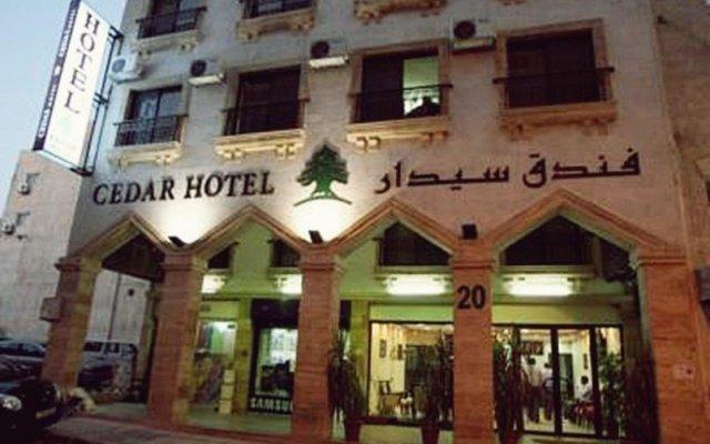 Cedar Hotel вид на фасад