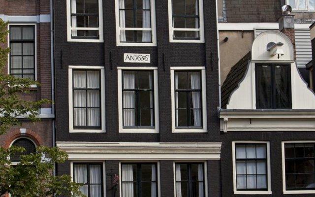 Hotel Hegra Amsterdam Centre вид на фасад
