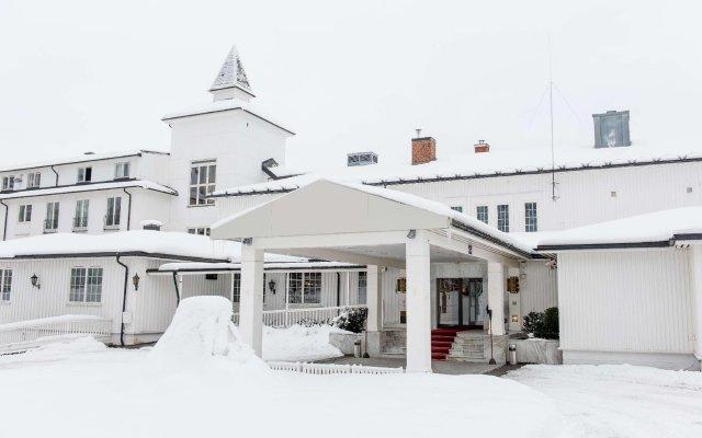 Отель Scandic Lillehammer Hotel Норвегия, Лиллехаммер - отзывы, цены и фото номеров - забронировать отель Scandic Lillehammer Hotel онлайн вид на фасад
