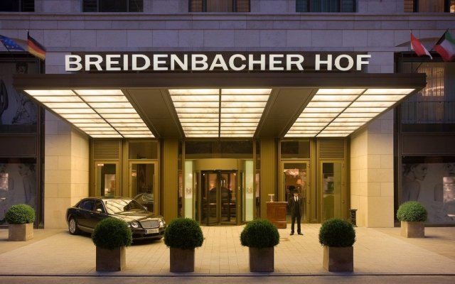 Breidenbacher Hof, a Capella Hotel вид на фасад