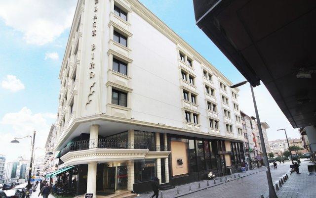 Black Bird Hotel вид на фасад