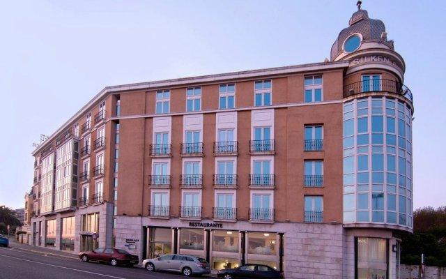 Hotel Silken Rio Santander вид на фасад