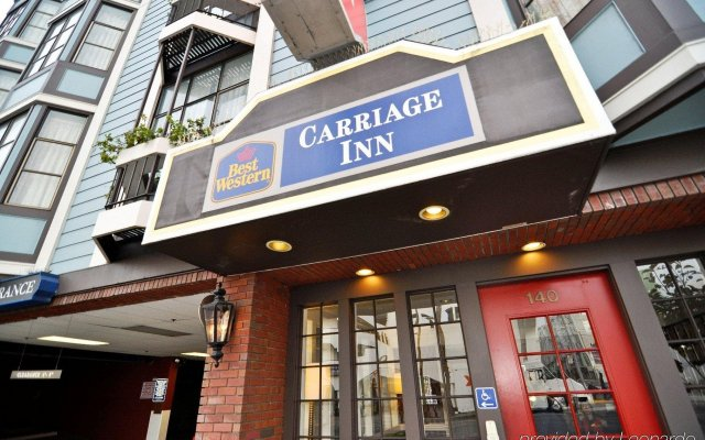 Отель Carriage Inn вид на фасад