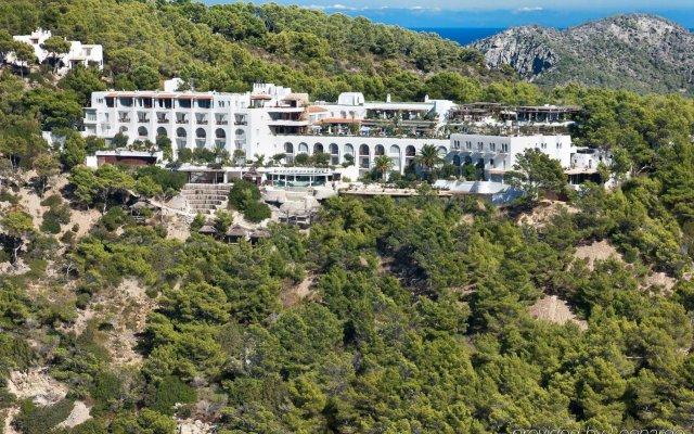 Отель Hacienda Na Xamena, Ibiza Испания, Пуэрто-Сан-Мигель - отзывы, цены и фото номеров - забронировать отель Hacienda Na Xamena, Ibiza онлайн вид на фасад