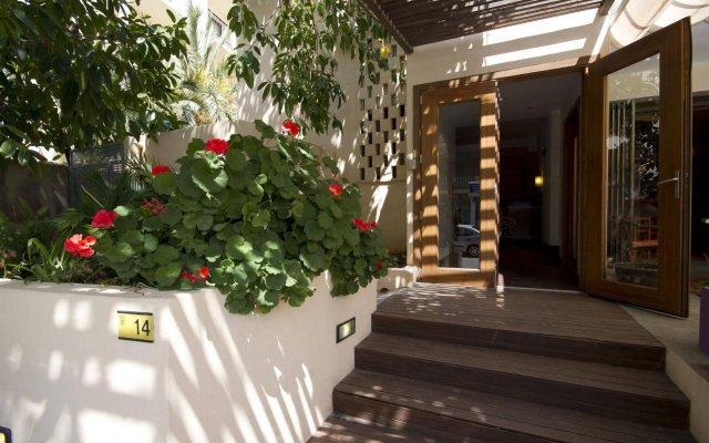 Отель Villa Miel вид на фасад