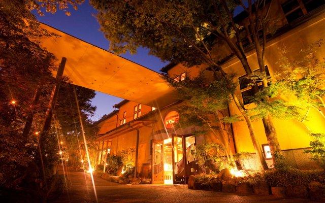 Hotel Kannawa Беппу вид на фасад