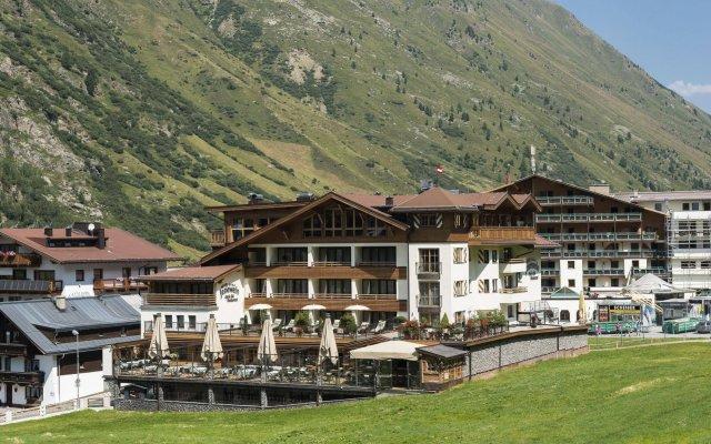 Отель Jenewein Австрия, Хохгургль - отзывы, цены и фото номеров - забронировать отель Jenewein онлайн вид на фасад