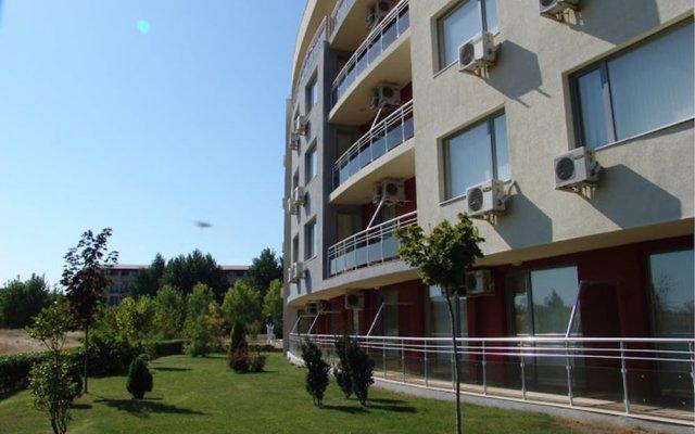 Отель Rubi Aparthotel Солнечный берег вид на фасад
