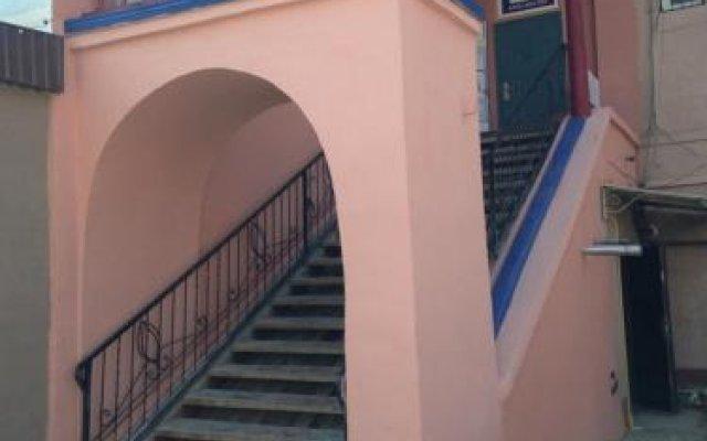 Гостиница Hostel Arzy Казахстан, Атырау - 1 отзыв об отеле, цены и фото номеров - забронировать гостиницу Hostel Arzy онлайн вид на фасад