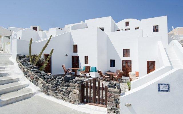 Отель Krokos Villas Греция, Остров Санторини - отзывы, цены и фото номеров - забронировать отель Krokos Villas онлайн вид на фасад