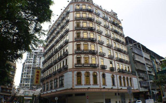 The Victoria Hotel Macau вид на фасад