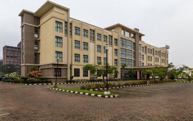 Protea Hotel by Marriott Benin City Select Emotan вид на фасад