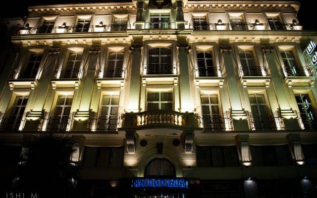 Andromeda Hotel Thessaloniki вид на фасад