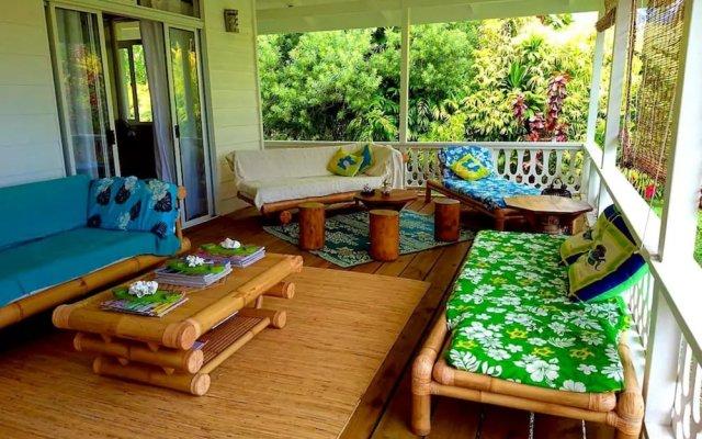 Отель Le Fare Iris Французская Полинезия, Муреа - отзывы, цены и фото номеров - забронировать отель Le Fare Iris онлайн вид на фасад
