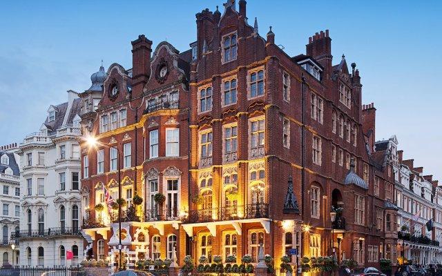 Milestone Hotel Kensington вид на фасад