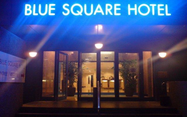 Отель XO Hotels Blue Square Нидерланды, Амстердам - 4 отзыва об отеле, цены и фото номеров - забронировать отель XO Hotels Blue Square онлайн вид на фасад