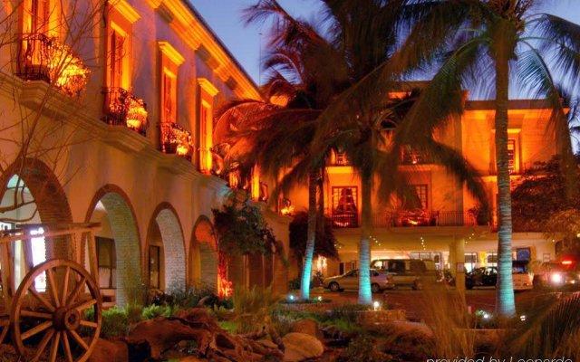 Hotel Playa Mazatlan вид на фасад