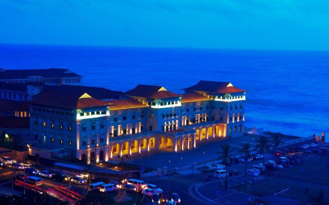 Galle Face Hotel вид на фасад