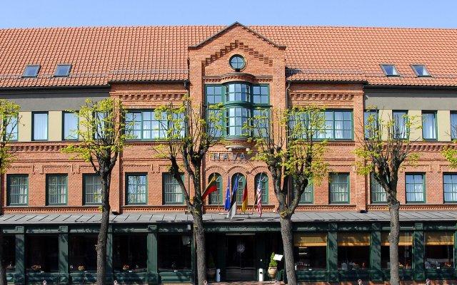 Отель Navalis Литва, Клайпеда - отзывы, цены и фото номеров - забронировать отель Navalis онлайн вид на фасад
