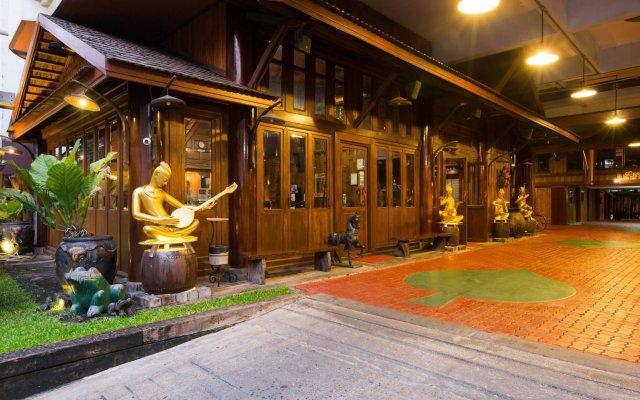 Отель True Siam Phayathai Hotel Таиланд, Бангкок - 1 отзыв об отеле, цены и фото номеров - забронировать отель True Siam Phayathai Hotel онлайн вид на фасад