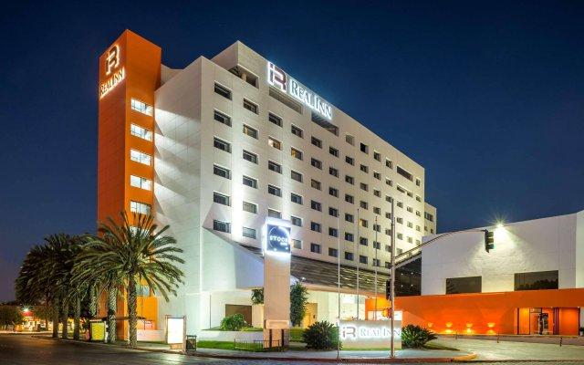Camino Real Tijuana Hotel Zona Rio вид на фасад
