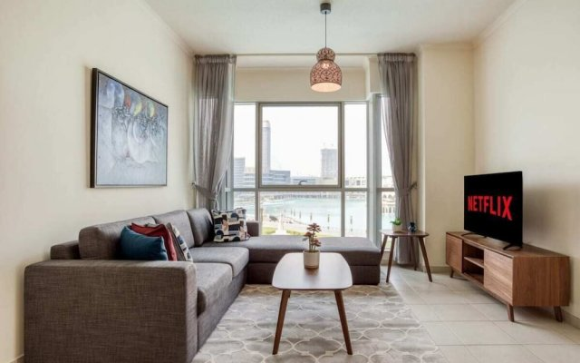 Отель Premium Apt - Full Burj Khalifa & Fountain View! Дубай