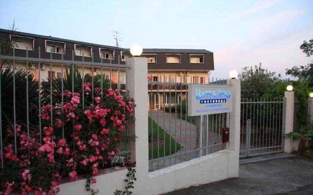 Гостиница ВатерЛоо в Сочи 3 отзыва об отеле, цены и фото номеров - забронировать гостиницу ВатерЛоо онлайн вид на фасад