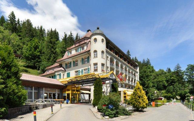 Отель The Sun&Soul Panorama Pop-Up Hotel Solsana Швейцария, Занен - отзывы, цены и фото номеров - забронировать отель The Sun&Soul Panorama Pop-Up Hotel Solsana онлайн вид на фасад